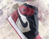 air-jordan-1-bred-toe-555088-610-04