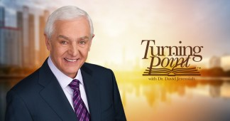 David Jeremiah Says He is Seeing 'Unprecedented Online Revival' Taking Place as Thousands Turn to Church Online and Receive Christ as Their Savior Amid Coronavirus Pandemic
