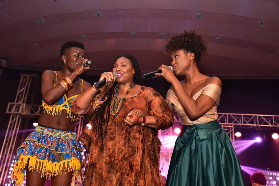 WATCH: Yvonne Chaka Chaka, eShun and Wiyaala's Performance at #VodafoneLegendsNight