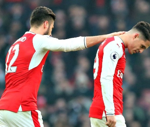 Cheeky Punt Fa Cup Exits For Liverpool Arsenal