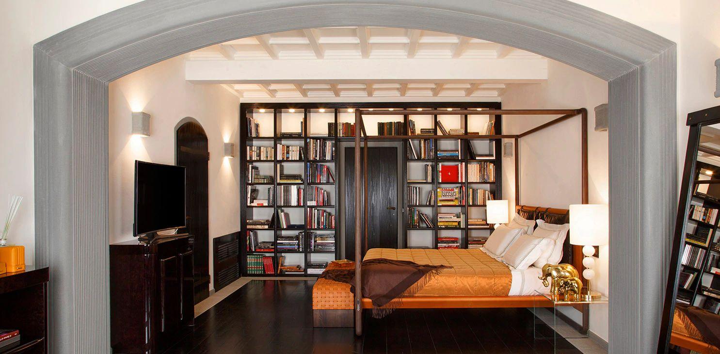 Per persone che vogliano apprendere le basi essenziali dell'arte della decorazione per interni, oppure per pittori/decoratori che desiderano approfondire le loro conoscenze. Stefano Ricci