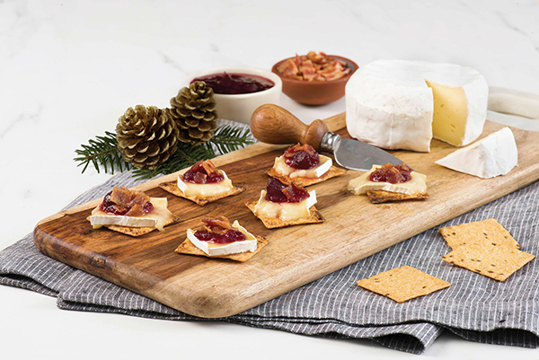 Bacon, Baked Brie and Cranberry Party Melt Recipe Free Cooking and BBQ Magazine