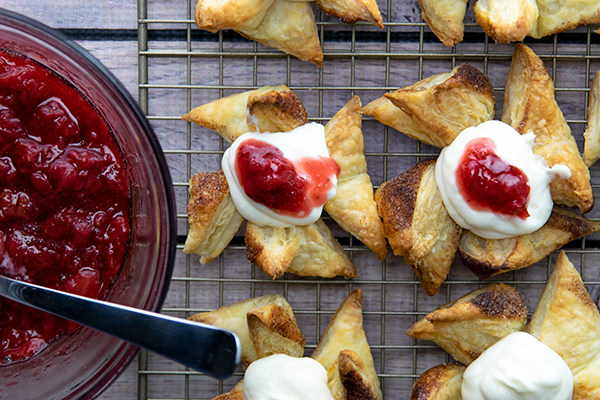 Ricotta Puff Pastries with Strawberry Compote Free Cooking and BBQ Magazine