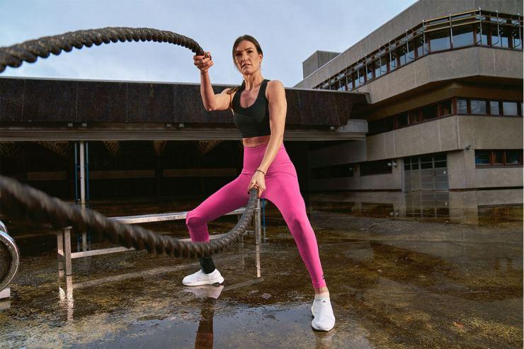 battle rope training for women