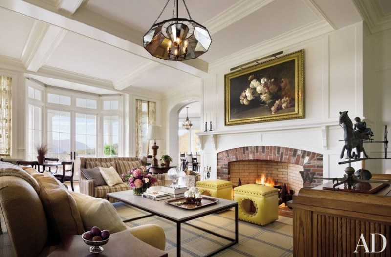 Traditional Living Room by Campion Platt and Ralph R. Mackin, Jr. in Hudson Valley, New York