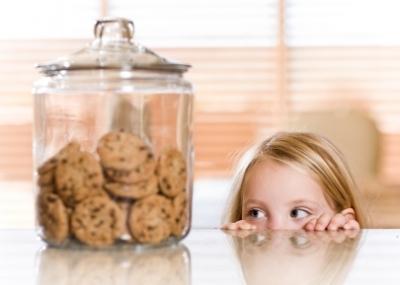 Image result for comiendo galletas
