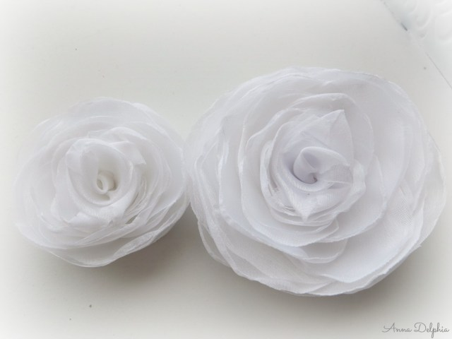 white wedding flower hair clips, white wedding hair accessory, white fascinator, white bridal head piece from the shabby chic bride co
