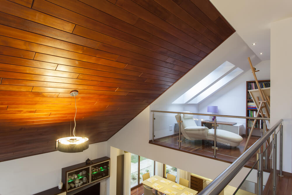 Loft sitting room with skylight