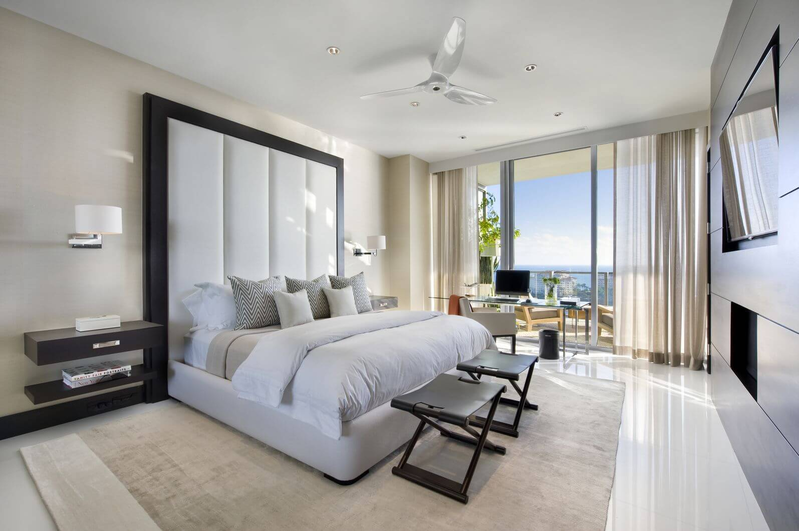 13 Chairs for Master Bedrooms (with Photo Examples) on Best Master Bedroom  id=83316