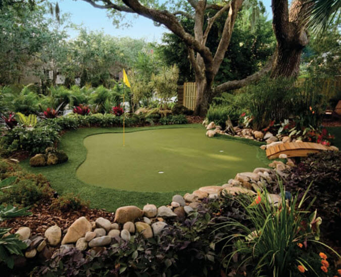 28 Outdoor & Indoor Putting Greens & Mats (Designs & Ideas) on Putting Green Ideas For Backyard id=99754