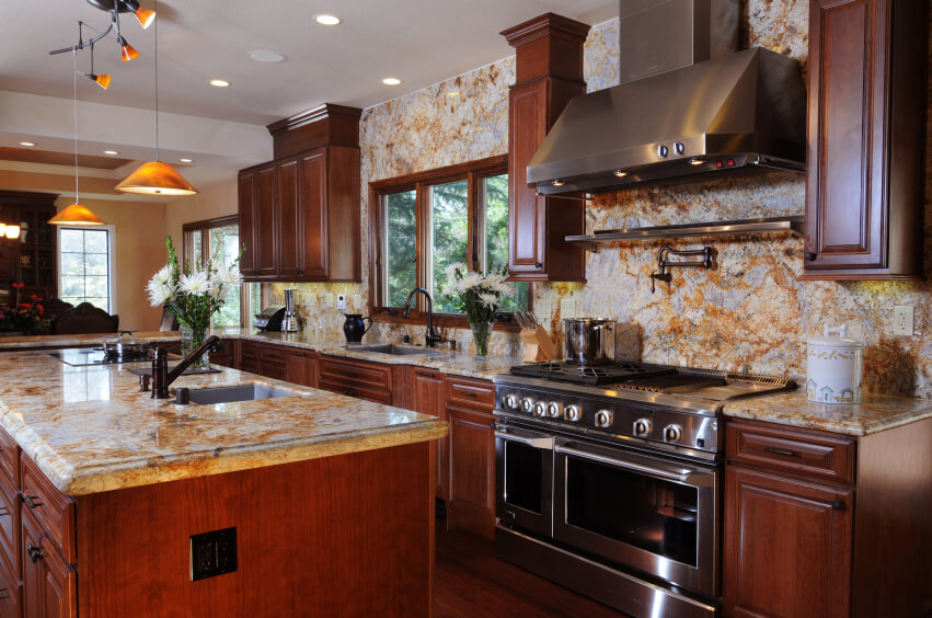 40 Magnificent Kitchen Designs With Dark Cabinets ... on Backsplash Ideas For Black Granite Countertops And Cherry Cabinets  id=29928