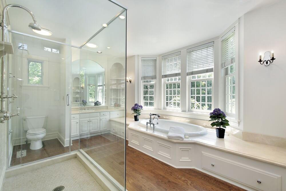 34 Luxury White Master Bathroom Ideas (Pictures) on Bathroom Ideas Photo Gallery  id=57600