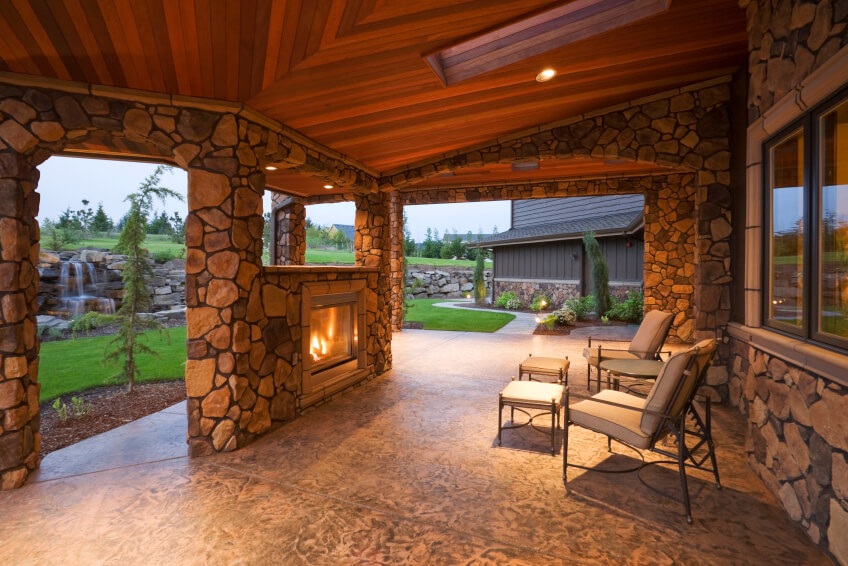 55 Luxurious Covered Patio Ideas (Pictures) on Enclosed Back Deck Ideas id=48527