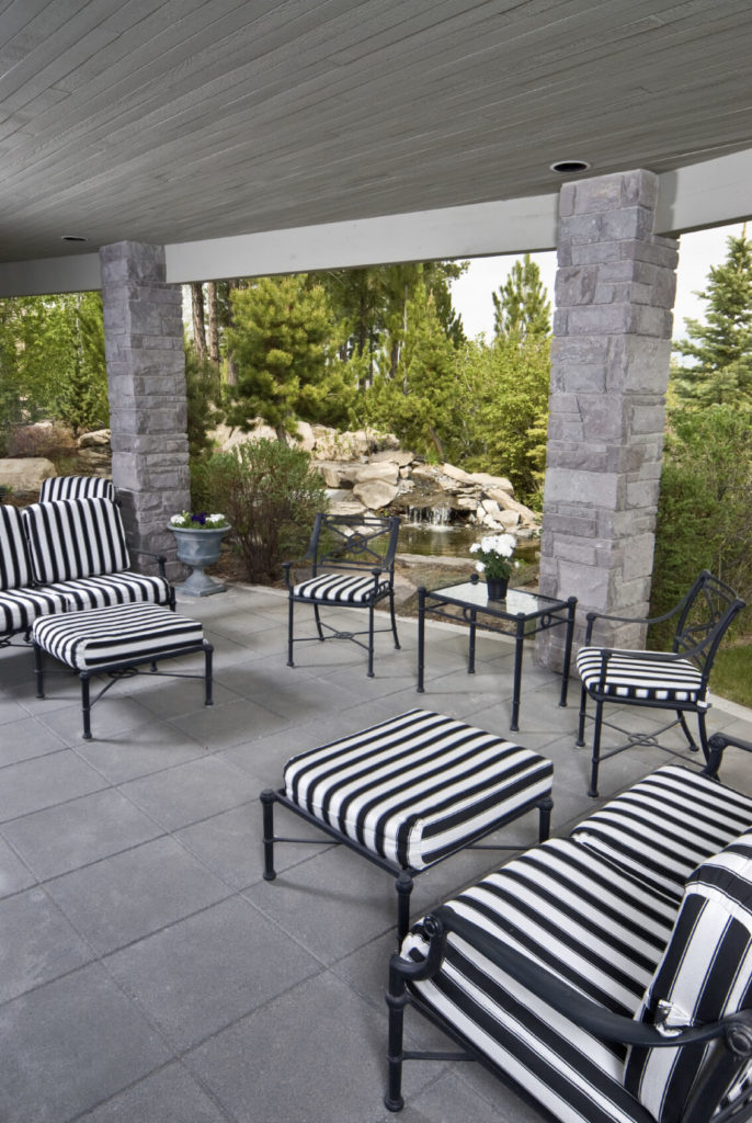 55 Luxurious Covered Patio Ideas (Pictures) on White Patio Ideas id=48067