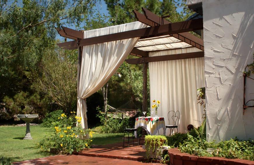 41 Stunning Backyard Landscaping Ideas (PICTURES) on Open Backyard Ideas id=93310
