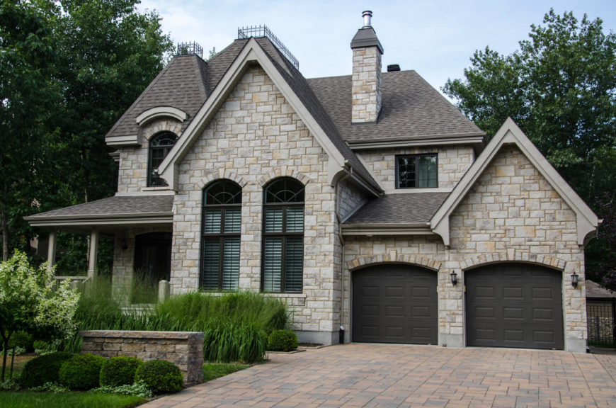 41 Marvelous Examples of Home Exterior Ideas (PICTURES) on House Siding Ideas  id=56489