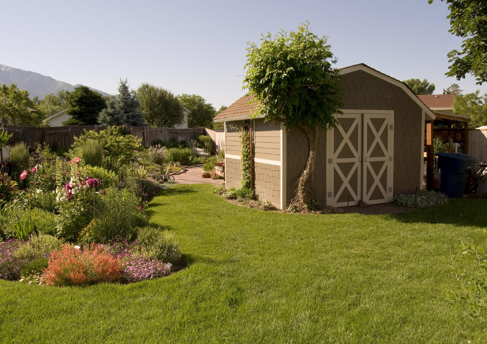 22 Beautiful Backyard Sheds to Meet Your Storage Needs on Beautiful Backyard  id=98207