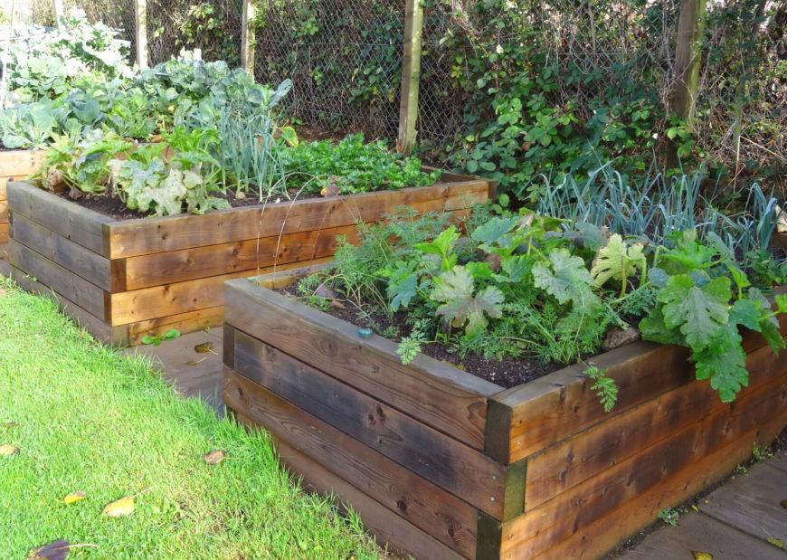 41 Backyard Raised Bed Garden Ideas on Raised Patio Designs  id=50858