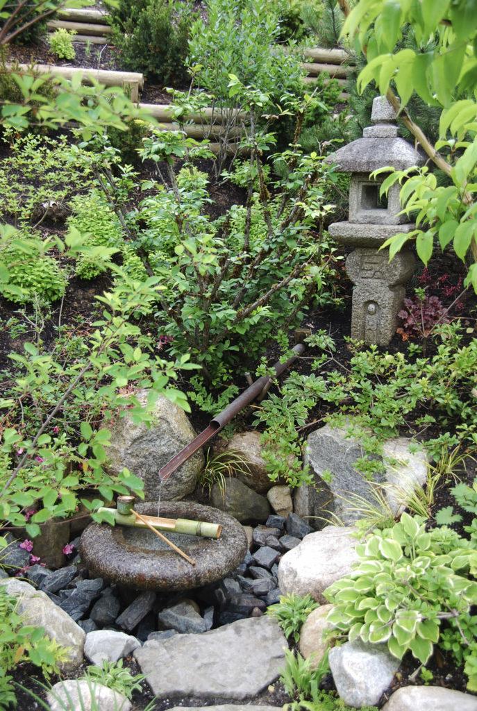 32 Backyard Rock Garden Ideas on Backyard Rock Ideas  id=74114