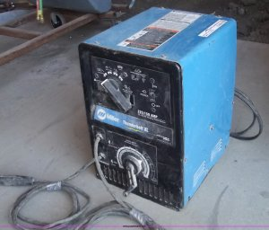Miller Thunderbolt XL ACDC welder | Item G9259 | SOLD