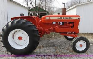 1966 Allis Chalmers D17 Series 4 tractor | Item I2292