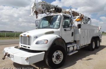 2010 freightliner business class m2 digger derrick truck i