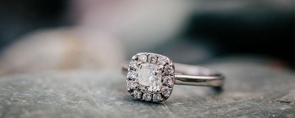 Bling Bling! The Best Celebrity Engagement Rings Of 2016