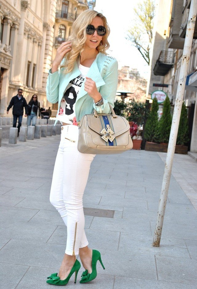 Denim with a metal zipper - White Jeans Outfit Ideas