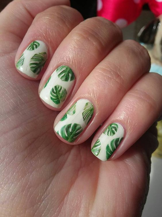 Summer Nail Colors Trend From Runway- Blooming Botanicals