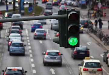ilustrasi lampu lalu lintas