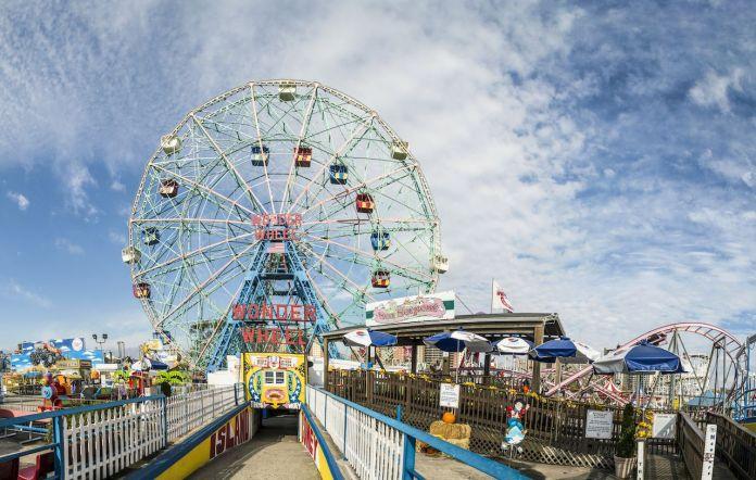 Wonder Wheel at Coney Island, New York