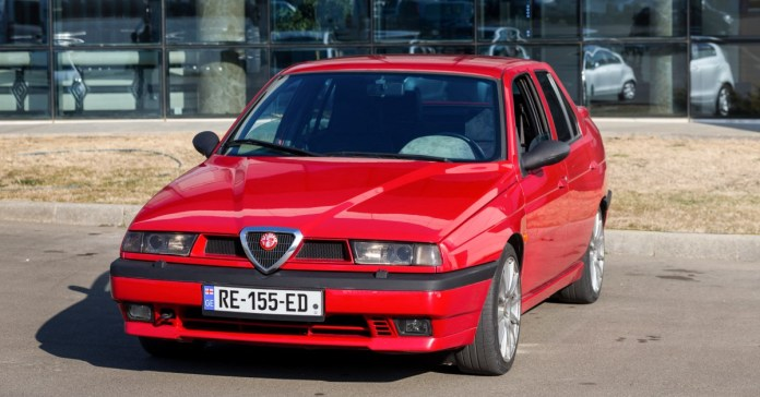 This Alfa Romeo 155 With A Busso 3 0l V6 Engine Swap Is Inspired By 90s Touring Cars Petrolicious