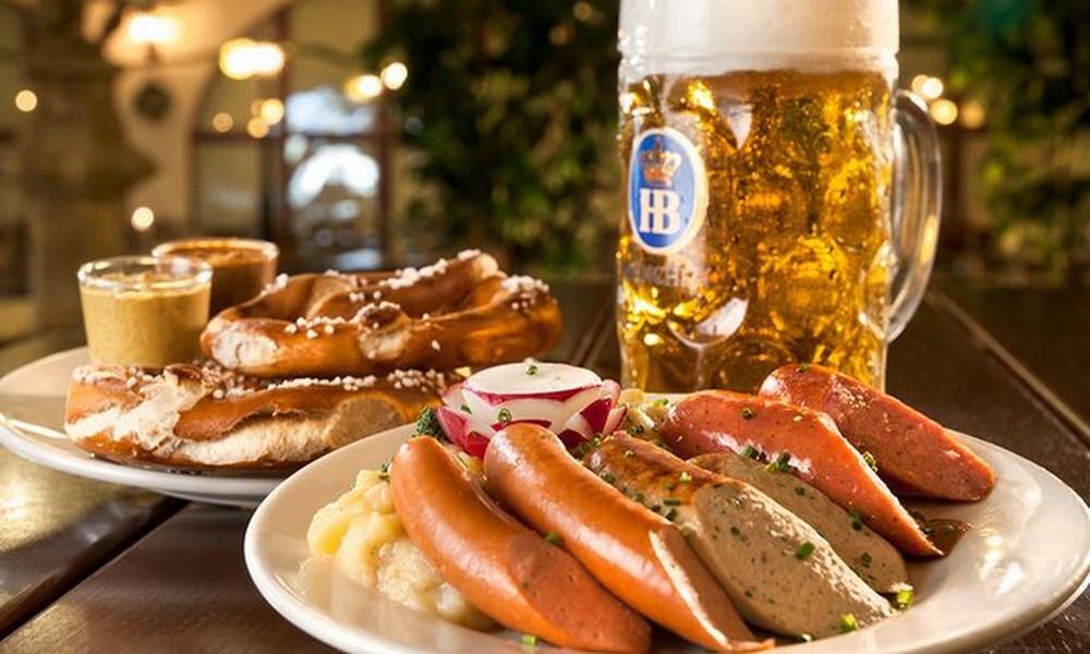 Bildergebnis für german beer and sausage