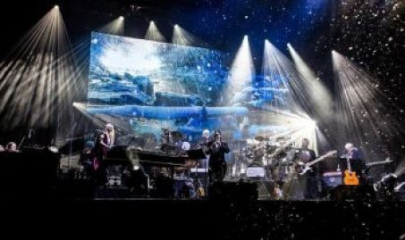 This year's show features hits from the first 'Mannheim Steamroller Christmas' paired with multimedia effects in an intimate setting.