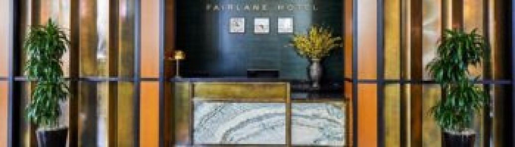 Fairlane Hotel reception desk