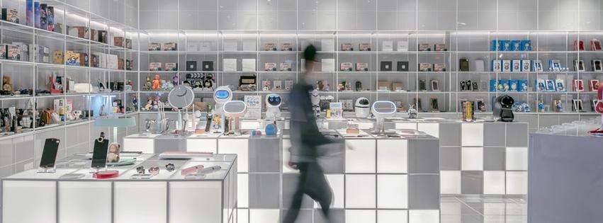 kitchen supplies near 900 e vermont ave