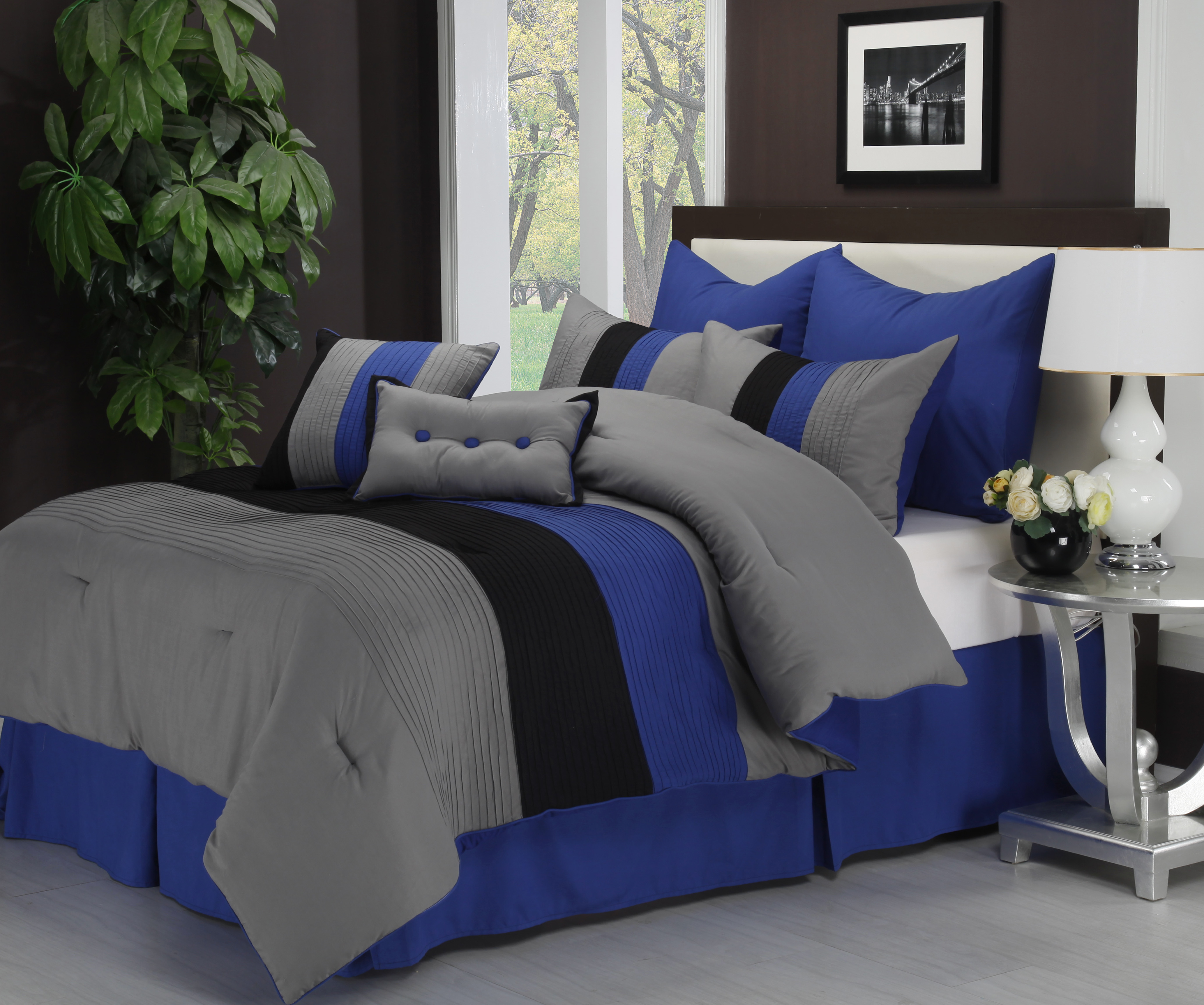 Florence 8 Piece Comforter Set With Matching Shams And Bed