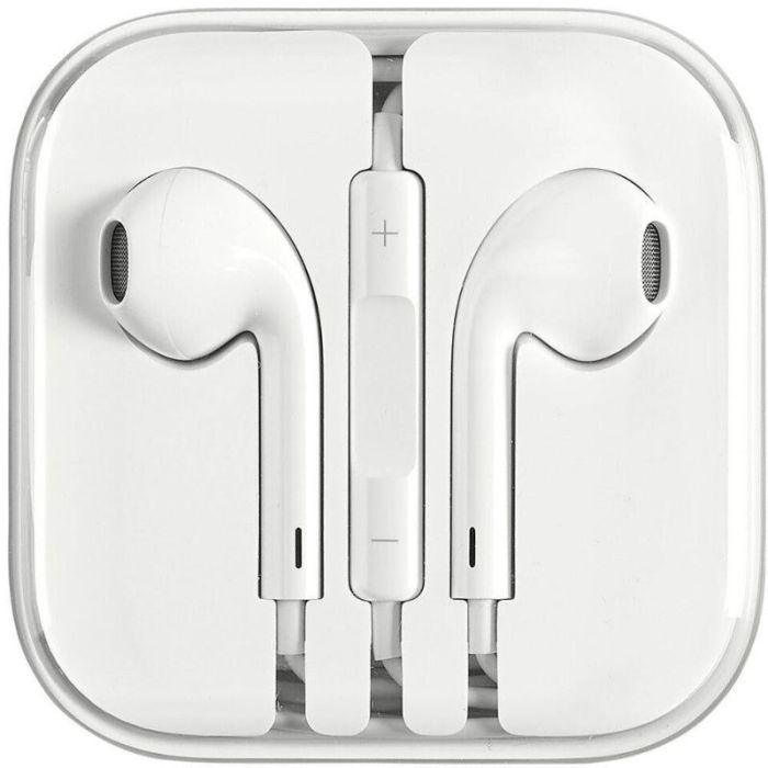 This original pair of Earpods are the perfect replacement for the original Apple earphones included when you got your phone. They deliver an incredible sound, design for a comfortable fit & come integrated with remote and mic.  Model: MD827LL/A Designed by Apple – Delivers deep rich tones with minimal sound loss in a molded shape designed to fit the geometry of the ear. Built-In Remote – Adjust volume, control media playback, answer calls and even talk to Siri 42