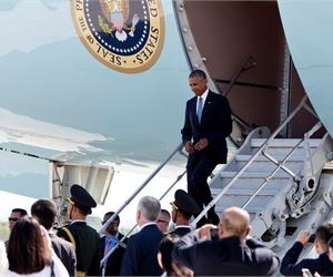 Obama Does Not Get A Good Welcome When He Lands In China