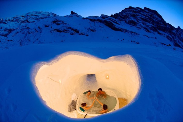 igloo hot tub