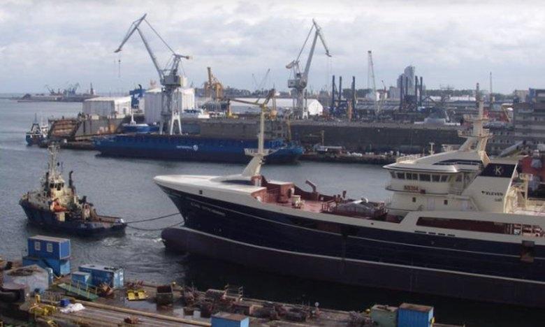 Gitte Henning lämnar varvet i Gdynia