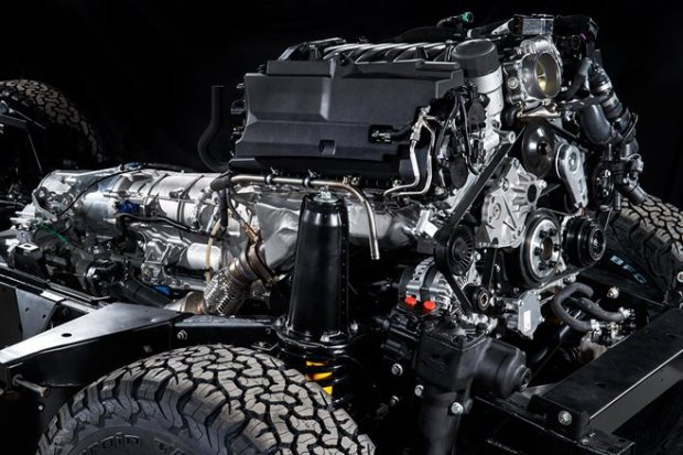 Land Rover Defender Works V8 debut 2