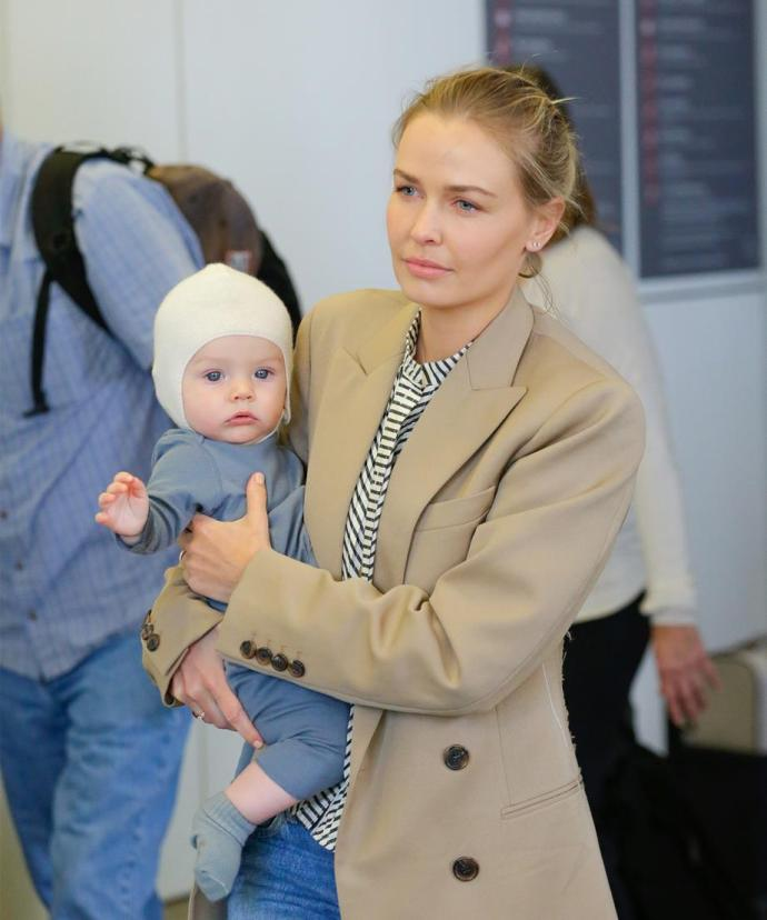 The mum-of-two couldn't be looking better as she juggles kids and work. *(Image: Getty)*