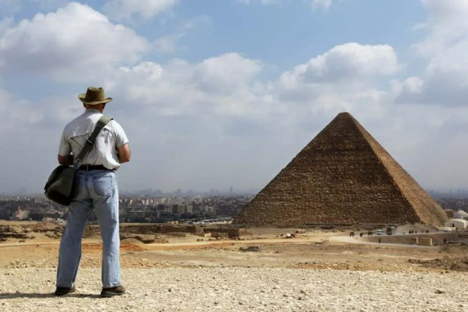 pyramides 105