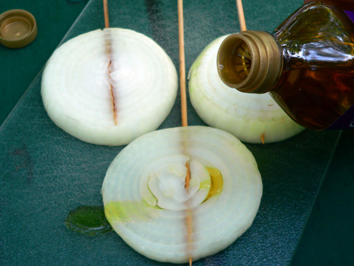 olive oil on the onion