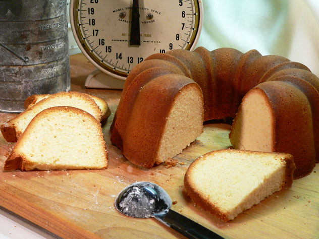 True Pound Cake Recipe Powdered Sugar