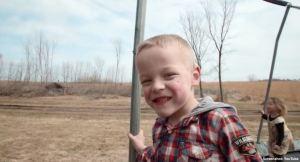 Né à 23 semaines, James est maintenant un enfant de 5 ans en pleine santé