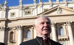 Le Cardinal Müller accuse Joe Biden de vouloir « déchristianiser la culture occidentale »