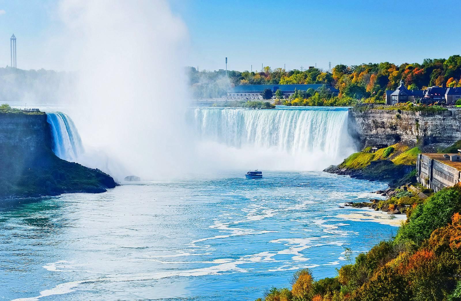 7-Day Canada Tour From Toronto: Thousand Islands - Montreal - Quebec - Ottawa - Niagara Falls