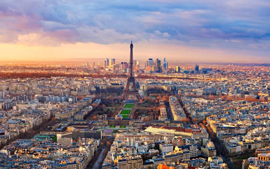 Day Trip to Paris on the Eurostar w/ Lunch at 58 Tour Eiffel